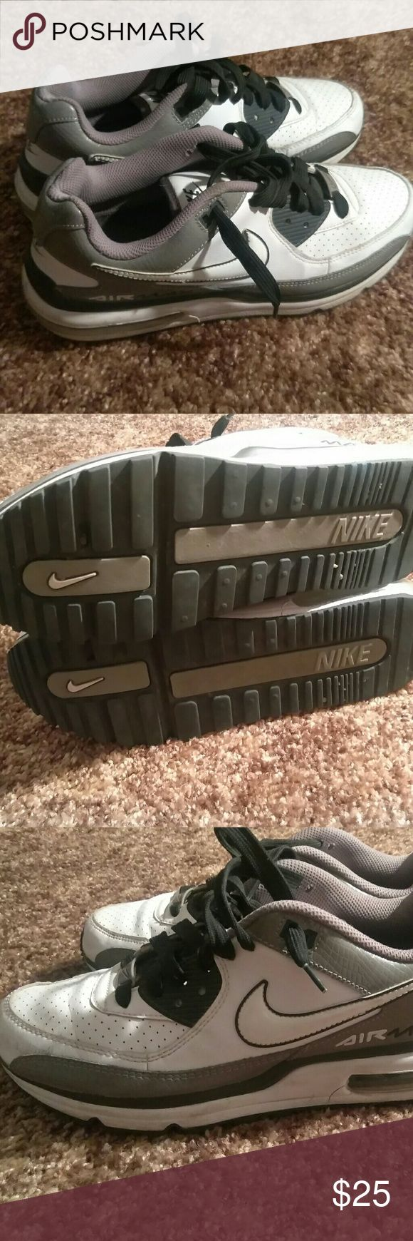 Nike air max wright size 9 Used as is in good condition nike Shoes