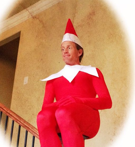 12 best images about ronnie on pinterest elf on the for Elf on the shelf pooping on cookies