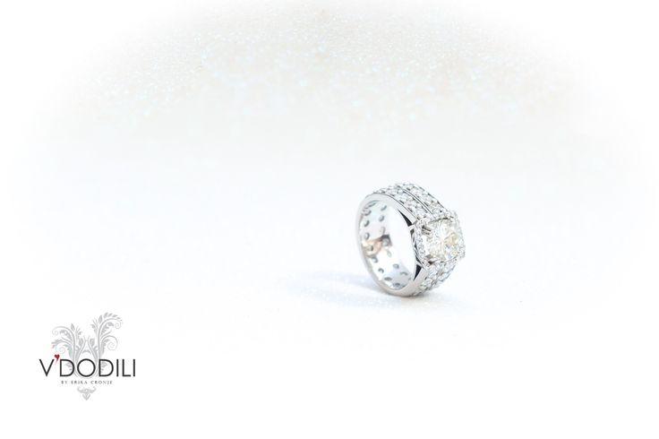 4ct's of Diamonds set in Palladium