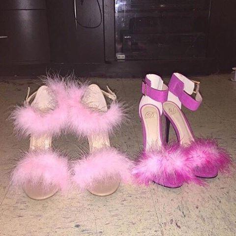 # boty # bota # podpatky # potřebujeme # barbie # styl # holčičí # růžové # módy # móda # stylizovaný # wantit # luxus # oblečení # dáma # šik # ženy # nálada # instashoe # dnes # den # 😍 # pohodě # úžasné # pěkný # cíle # inspirace # pics # oblečení # miliard