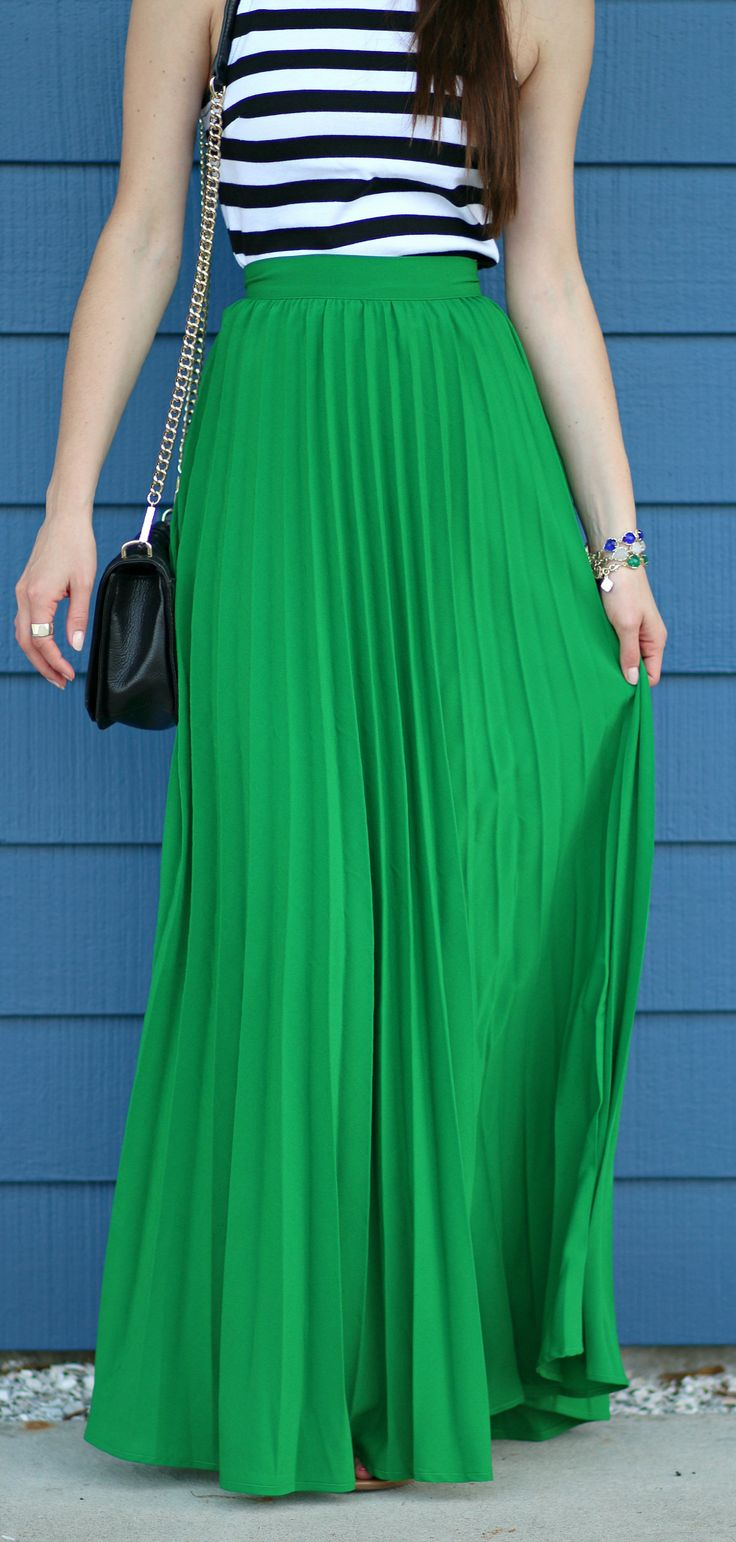 Pleated kelly green maxi skirt for spring
