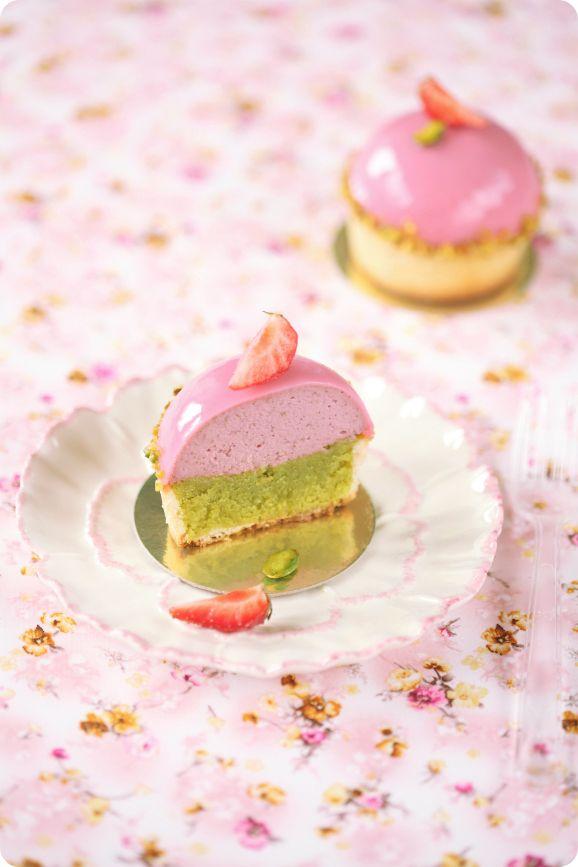 Verdade de sabor: Фисташковые пирожные с земляничным кремю / Tarteletes de pistáchio com cremoso de morango silvestre