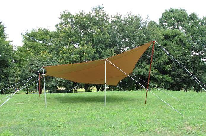 試してみたい タープの張り方アレンジ 絶対役立つロープテク 2020 タープ アレンジ キャンプ