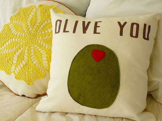 Red and green felt for the olive and heart - brown fabric paint for the lettering - cotton base white/yellow or another color