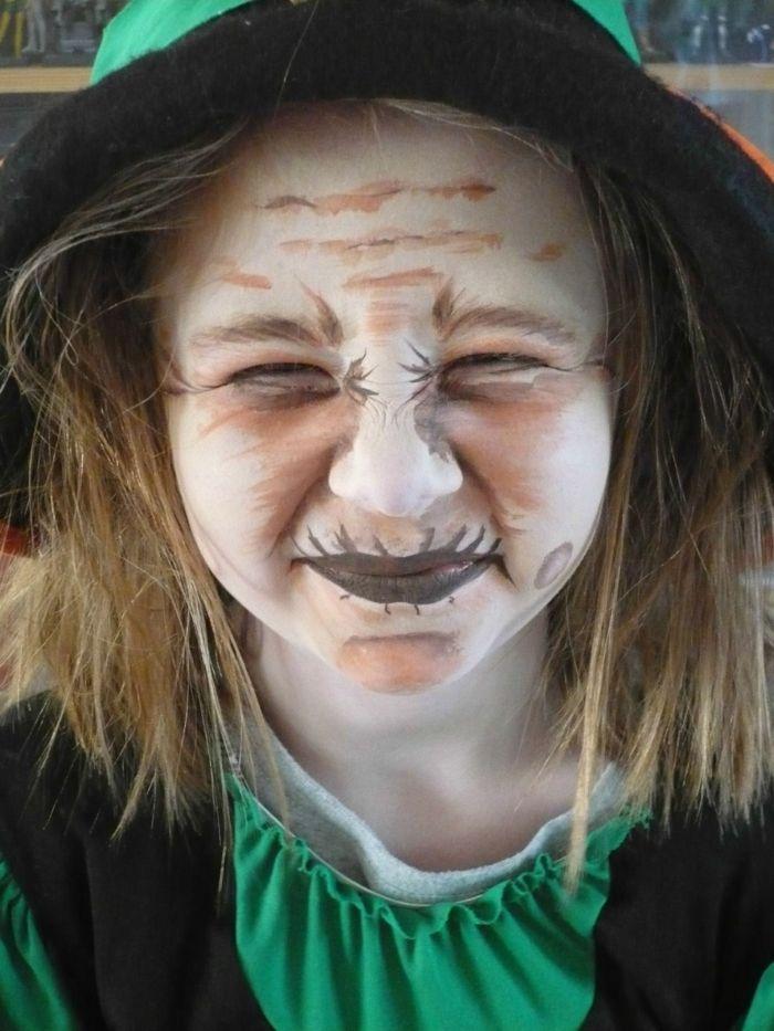 maquillaje halloween niños, como disfrazar de bruja tu niña de manera fácil, maquillaje sencillo, cara pintada en blanco y marrón