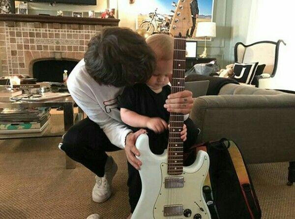 "Louis via instagram "":)"""