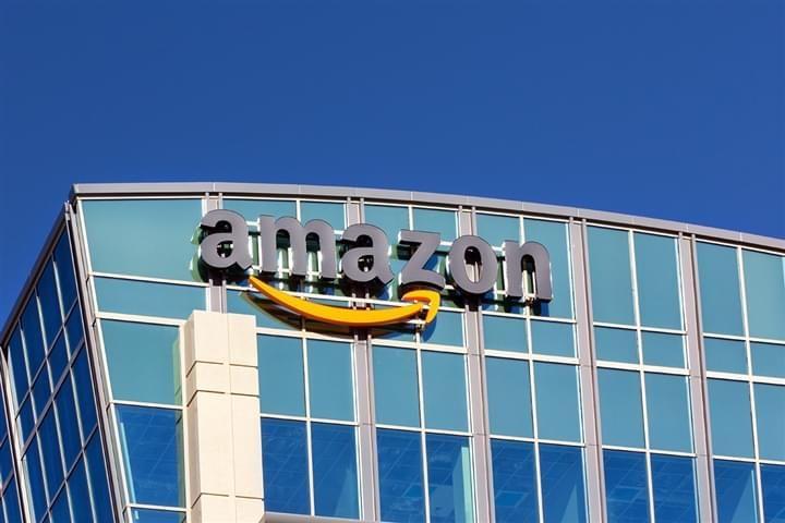 Hai un account #Amazon attivo ma fatichi a #vendere i prodotti? In questo articolo ti spiego come puoi generare ordini e accumulare recensioni con lo strumento #pubblicitario Amazon Advertising. Buona lettura!