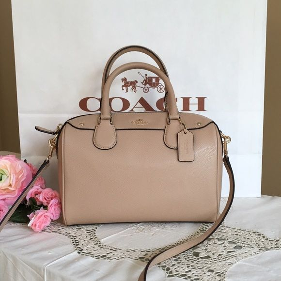 """New Coach handbag Brand new Coach Mini Bennett Satchel . Style number is F36624.  One slip pocket Inside zip Handles with 3"""" drop Crossbody adjustable and detachable  strap Approximate dimensions: 9"""" (L) X 6 1/2"""" (H) X 4 1/2"""" (D) Coach Bags Shoulder Bags"""