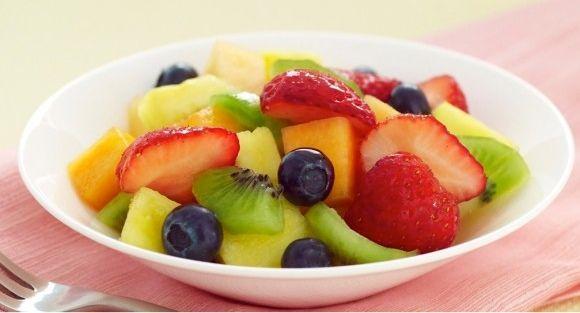 Very Vanilla Fruit Salad | Reluctant Entertainer fruit salad vanilla and sugar