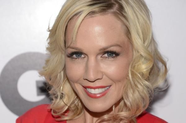 """Jennie Garth is open to a """"Beverly Hills, 90210"""" reunion the actress said recently on """"Today."""""""