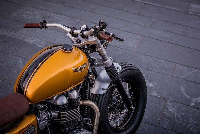 Racing Cafè: Triumph Thruxton 900 by Down & Out Cafè Racers