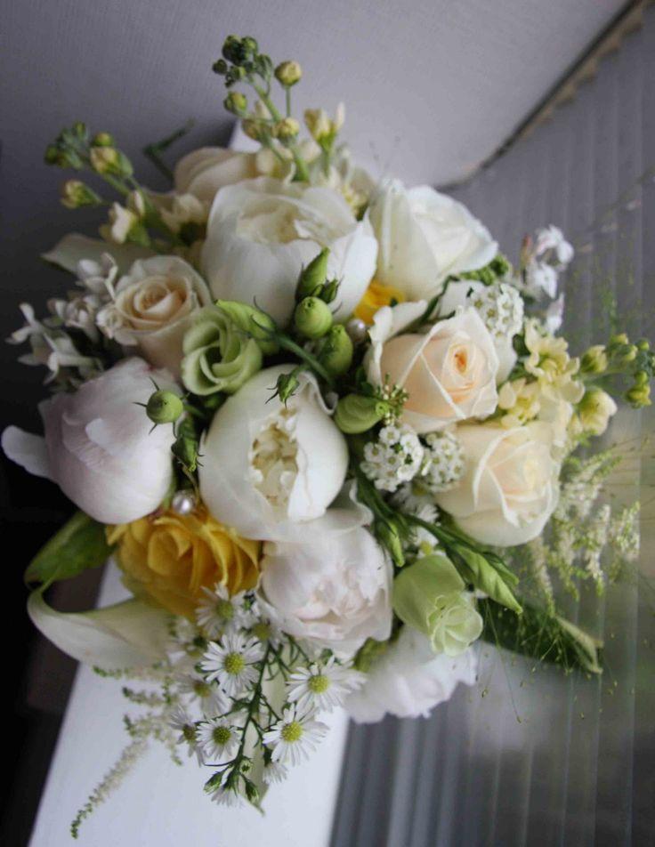 Color Palette.  Vintage Cream, Gold, Lemon & Ivory Wedding Bouquet