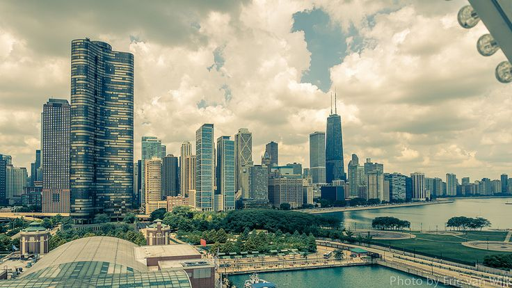 Chicago Skyline from Navy Pier Ferris wheel