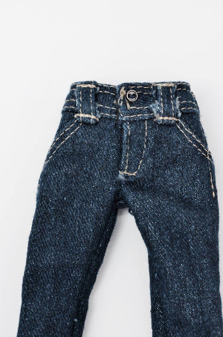 Le chouchou de ma boutique https://www.etsy.com/ca-fr/listing/489880662/vetement-momoko-jeans-pour-momoko-avec