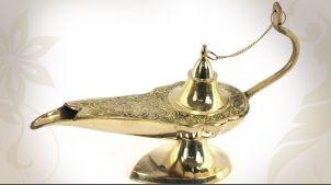 Lampe d'Aladin décorative en laiton doré