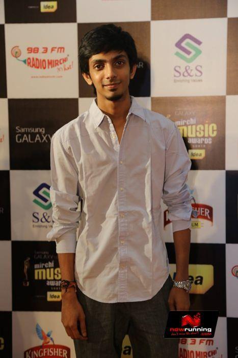 Anirudh Ravichander At Mirchi Awards 2013