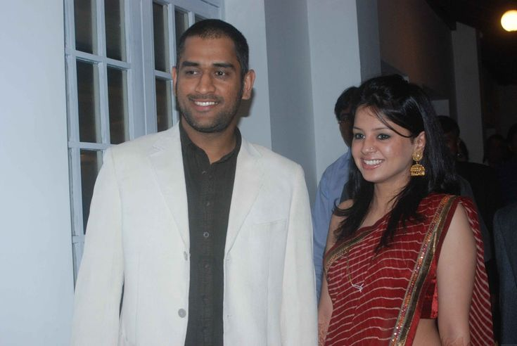 wining hd wallpapers,mahendra singh dhoni personal images