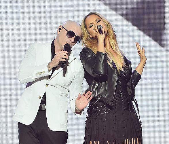 Pitbull And Leona Lewis Pitbull Rapper Leona Lewis Pitbulls