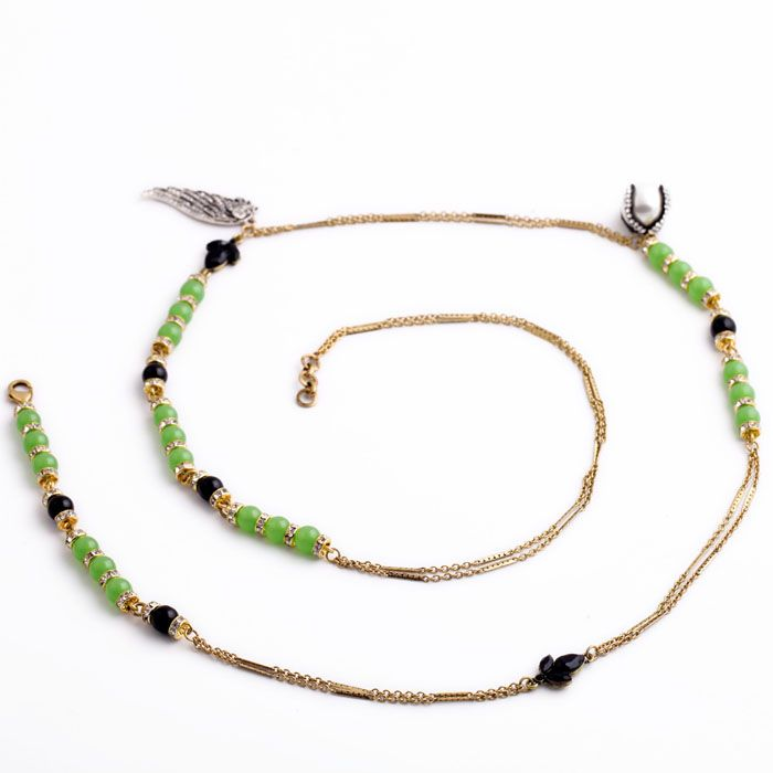 "Clo Clo London - Avanni. Opera necklace with beads and pearls Medium weight Wear in layers Length: 105cm (41.3"") - 108cm (42.5"") Décor length: 3.5cm (1.4"")"