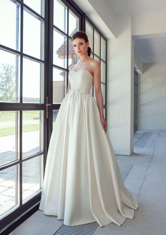 abd7231b576 Ivory elegant classic dress simple boho wedding gown lace modern bohemian wedding  dress wedding jac