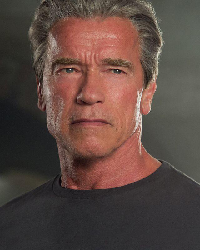 Watch Arnold Schwarzenegger Fight Himself in New TERMINATOR GENISYS Featurette