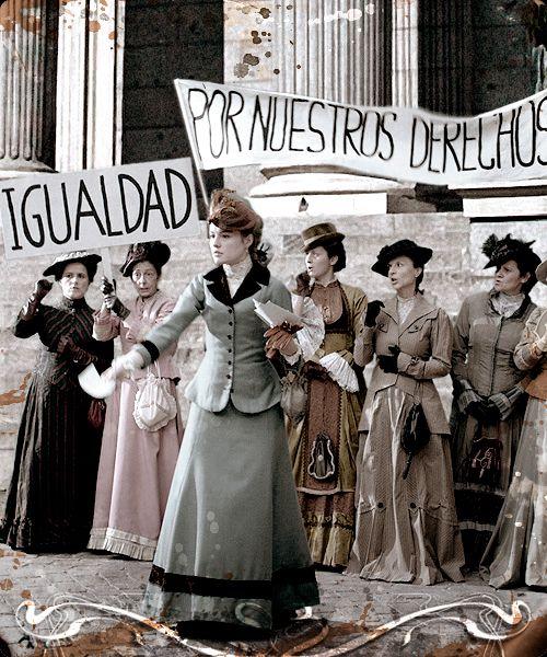 Las mujeres en 1895 pidiendo el derecho a votar.