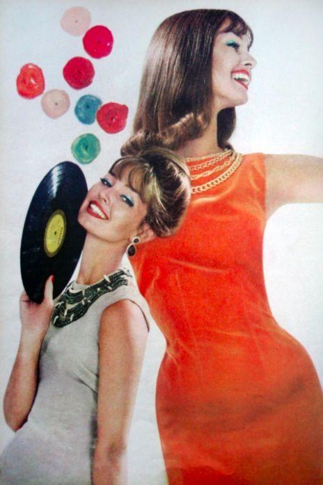 Mode en vinyl, Glamour tijdschrift, 1959.