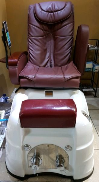 i have 3 very mint condition of spa-pedicure chairs to let go quickly. if you want , contact me at 905 290 8572.