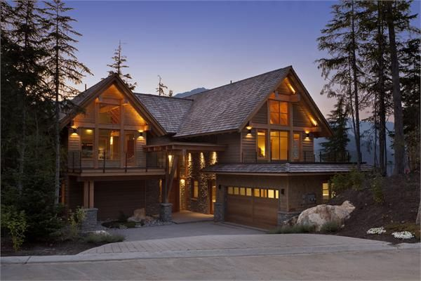 Luxury mountain log homes bing images log cabins for Cabine in whistler