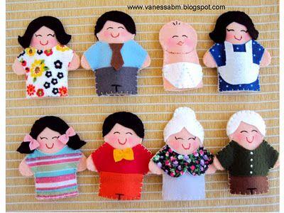 Family finger puppet                                                                                                                                                                                 Mais