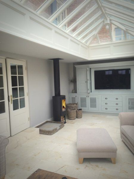 Contura 510 twin wall flue in conservatory 2.jpg