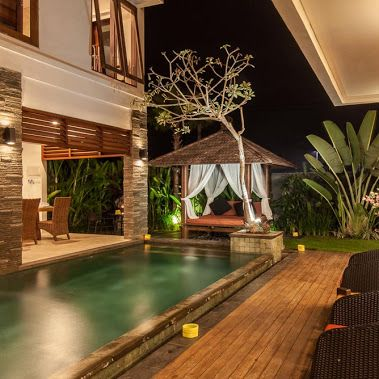 Rent this 3 bedroom villa in Canggu. with facilities private swimming pool,  Fully equipped kitchen.Price US$.172. Email : Matahariislandproperty1@gmail.com