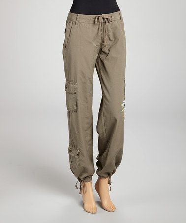 17 Best ideas about Cargo Pants Outfit on Pinterest | Cargo pants Olive green outfit and Army ...