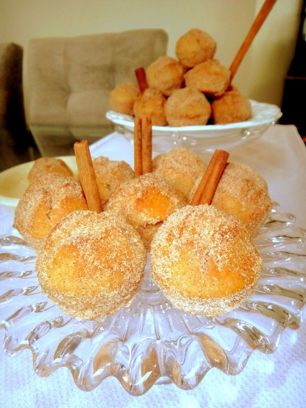 "Mini muffins ""bolinhos de chuva"" (Helena Gasparetto)"