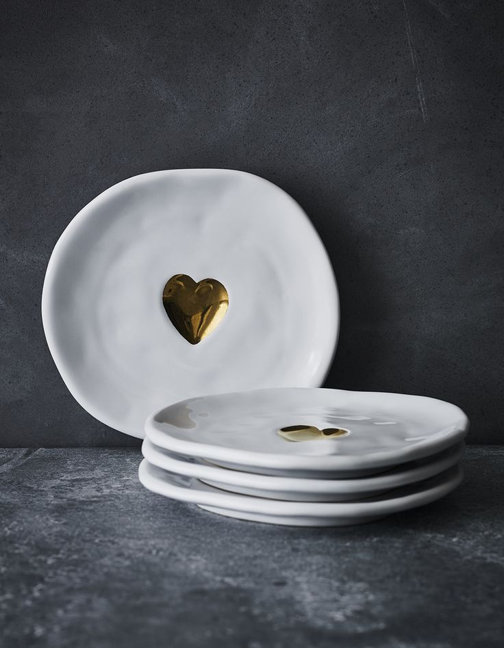 Gold Heart Dessert Plates   Use the plates to add love to your holiday celebrations or for an extra-thoughtful gift.