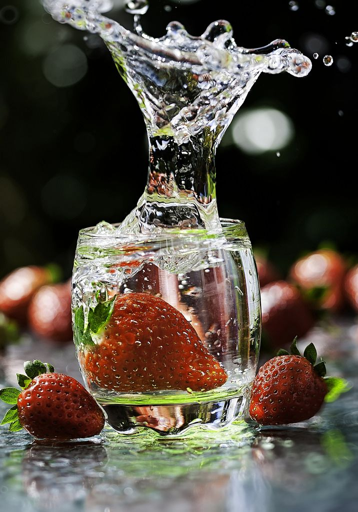 strawberry splash(natural light) by ASPphotographic