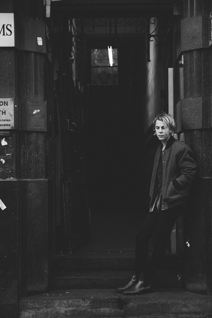 Tom Odell | Andrew Whitton
