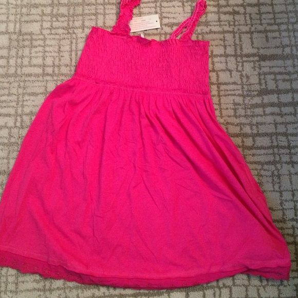 Maternity hot pink top New with tags, smocked top and lace hem Oh mamma Tops