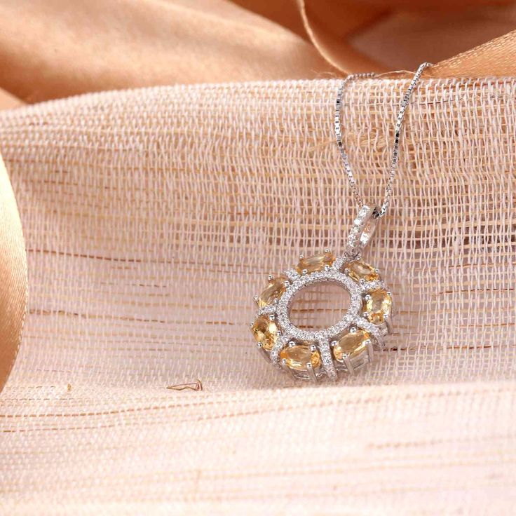 UneJoux Sterling Silver Paislee Round Pendant Necklace With Citrine - UneJoux