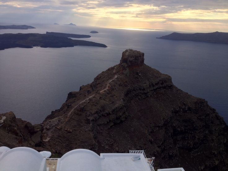 Tours for Cruises ship travelers in Santorini, day tours, customized tours, wedding transfers, VIP transfers and shore excursions from Thira port and airport on Santorini. More info visit: http://santorinitours.co