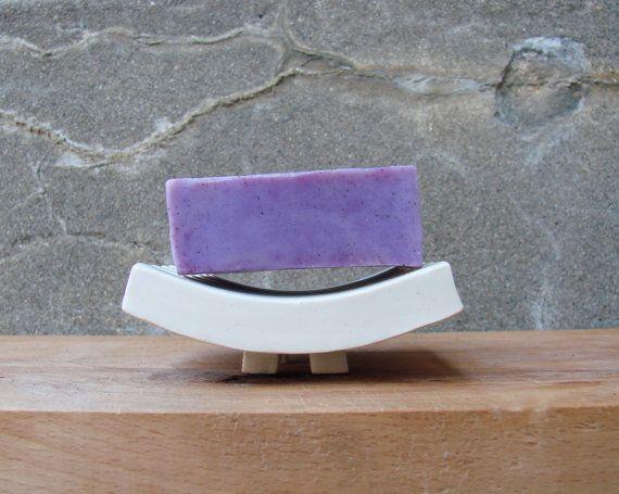 Minimalistic Porcelain Curved Soap Dish