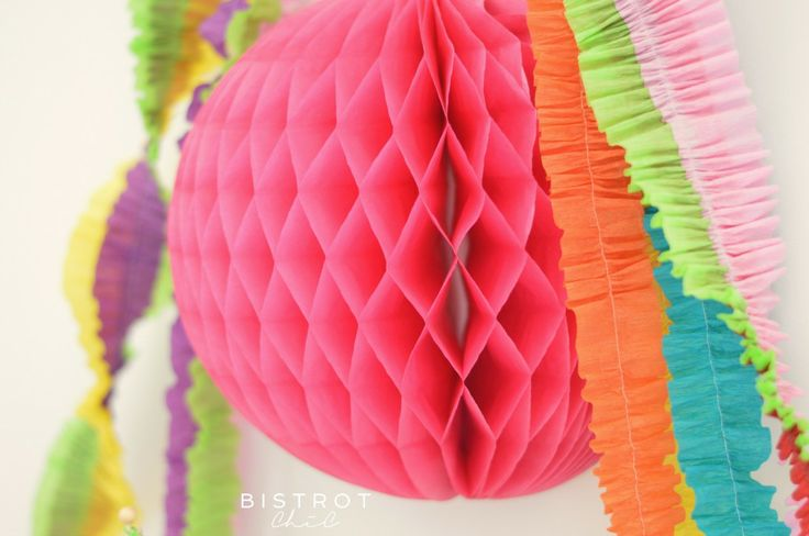 RAINBOW LOOM BANDS PARTY #dessert-table, #party-blog, #party-website #rainbow-party #party-decor