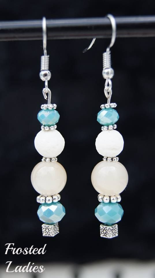 ❤Life Χειροποίητα Σκουλαρίκια φτιαγμένα με  σπογγωδες κοραλι λευκό. κρύσταλλα swarovski  opal light caramel beads & silver details. Σκουλαρίκια για look που θα ξεχωρίζουν!