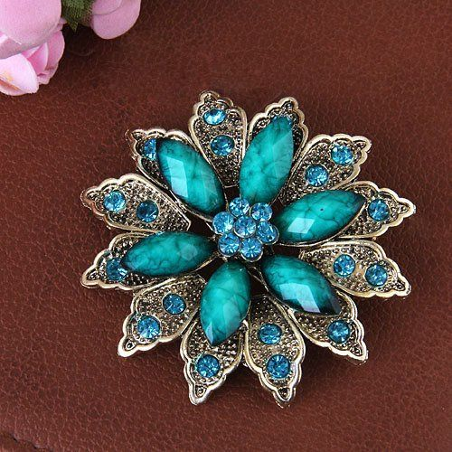 Buyinhouse New Stylish Ladies Girls Antique Brass Plated Flashing Green and Blue Rhinestones Crystals Flower Petals Leaves Brooches Pin Clips Buyinhouse: