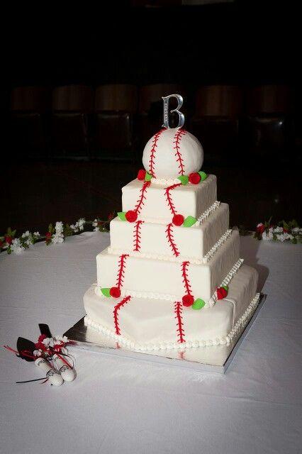Best 25 Baseball wedding cakes ideas on Pinterest  Baseball grooms cake Sport cakes and Men