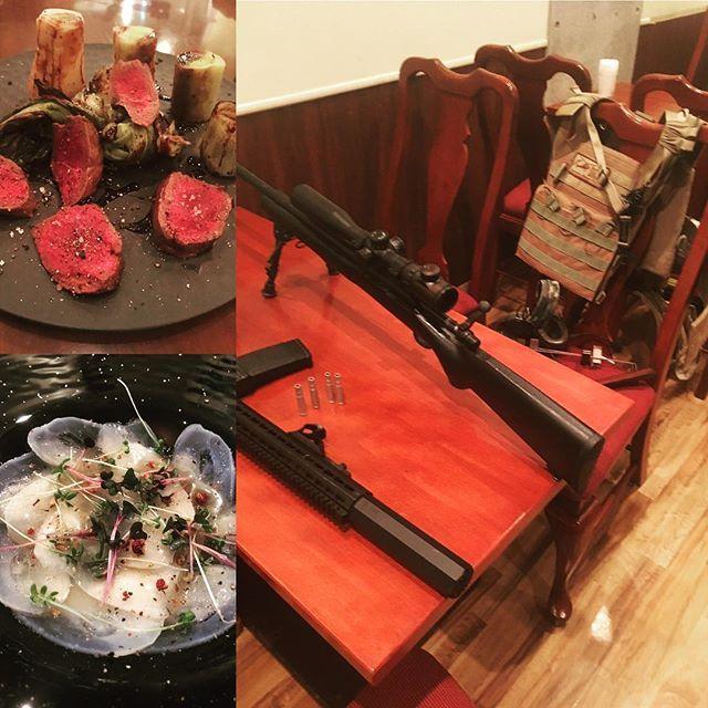 お客様とエアガンの話しになり。  毎度、スタッフに怒られるの  図。  ちゃんと料理もしています。  蝦夷鹿のロースト  ポワロー添え  水ダコのカルパッチョ、胡麻と山椒  #lucca#沖縄#肉 #ワイン #国際通り #国際通り屋台村#イタリアン#沖縄野菜#猪#狩猟#デート #32℃豚#仔羊 #パスタ
