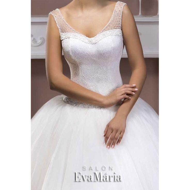 Svadobné šaty s krajkovaným živôtikom a širokou sukňou Zlata