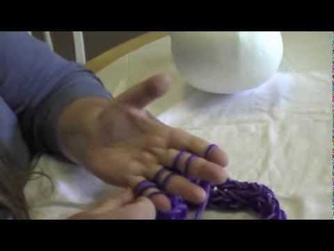 Finger Knitted Hat Tutorial Part 1 - knitting a hat