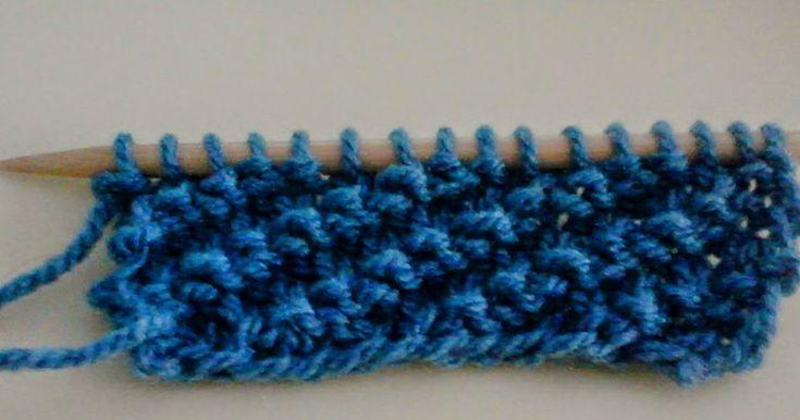 Come lavorare il punto coste oblique. Questo punto a maglia è caratterizzato da una graziosa lavorazione obliqua, indicata per tante diverse creazioni.