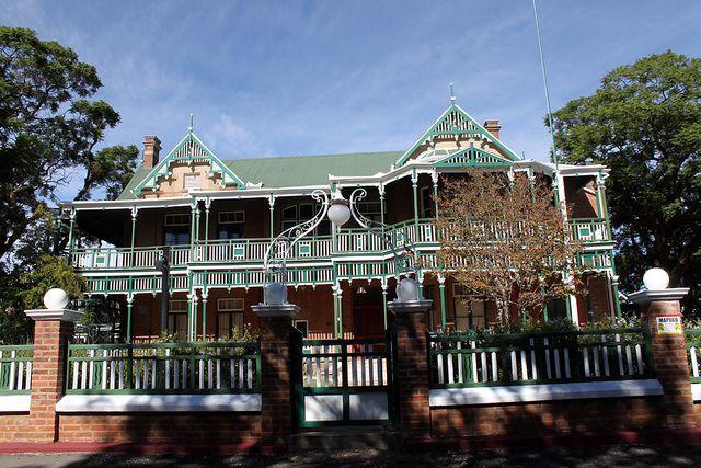 Dunluce House, Kimberley. BelAfrique your personal travel planner - www.BelAfrique.com